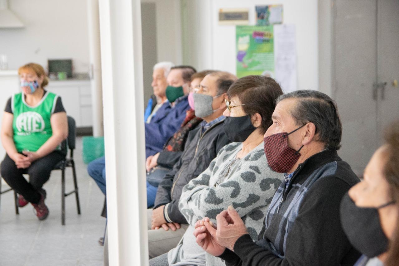 Comenzó hoy el taller Alimentación Saludable para el Adulto Mayor